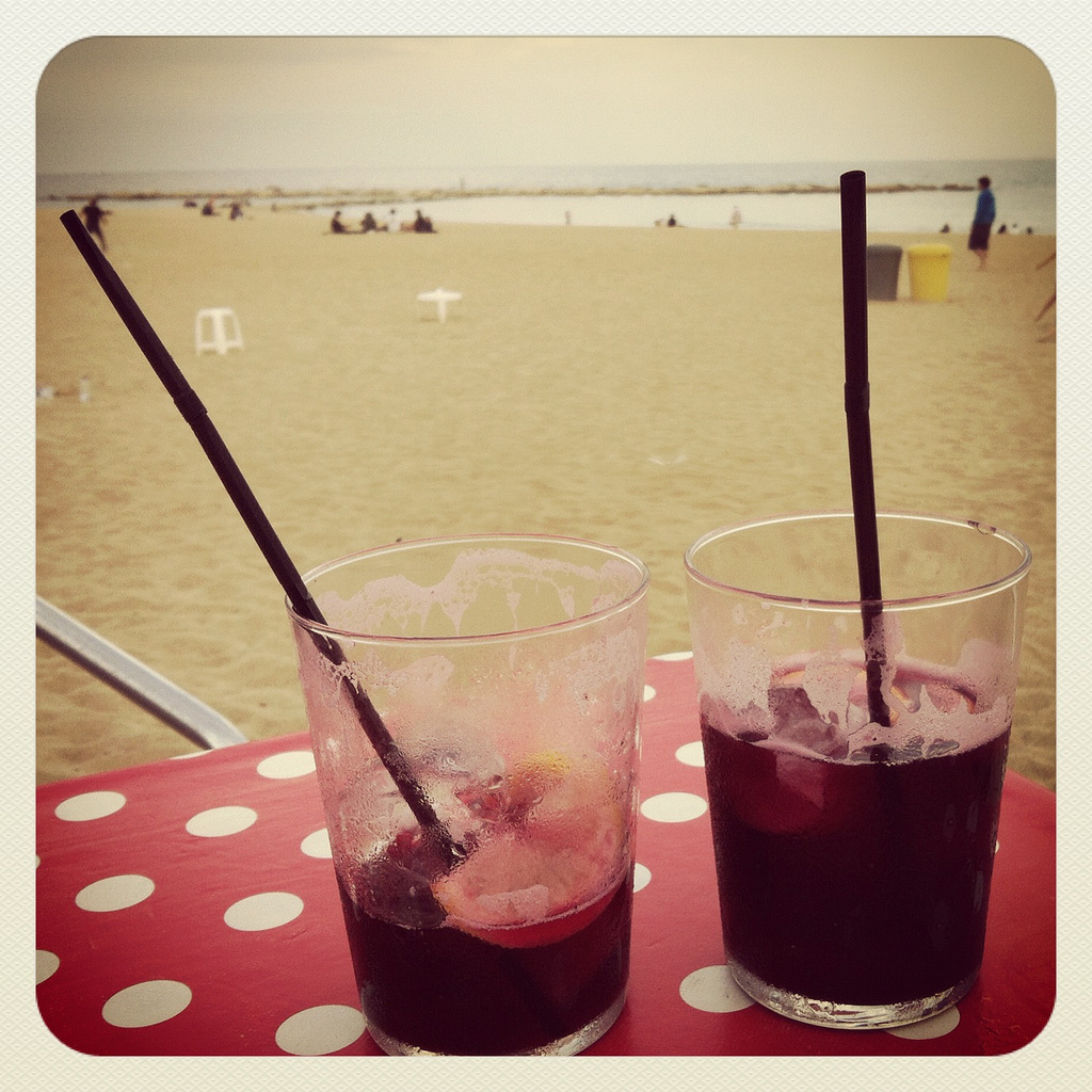 Sangria at a Barcelona beach cafe. By allthingschill (Flickr)
